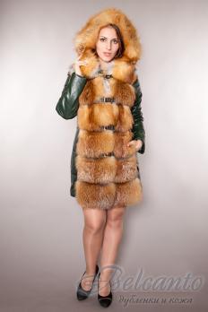 Пуховик с мехом финской лисы