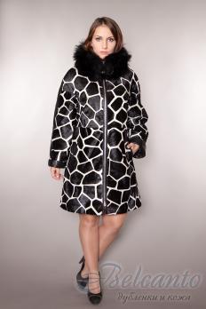 Пальто из пони с лисой