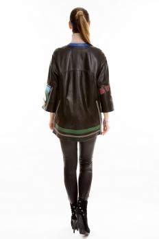 Кожаная куртка средней длины на молнии
