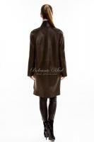 Длинная кожаная куртка на заклепках _2