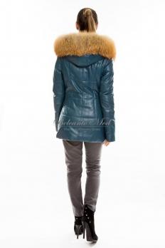 Куртка кожаная с отделкой переда и капюшоном из меха лисы